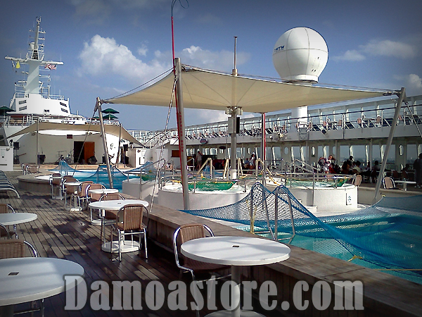 damoastore_NCL-Norwegian Sky Cruise Line Pool Area